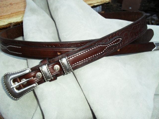 "1 1/4"" Western Rope Embossed Ranger Belt"